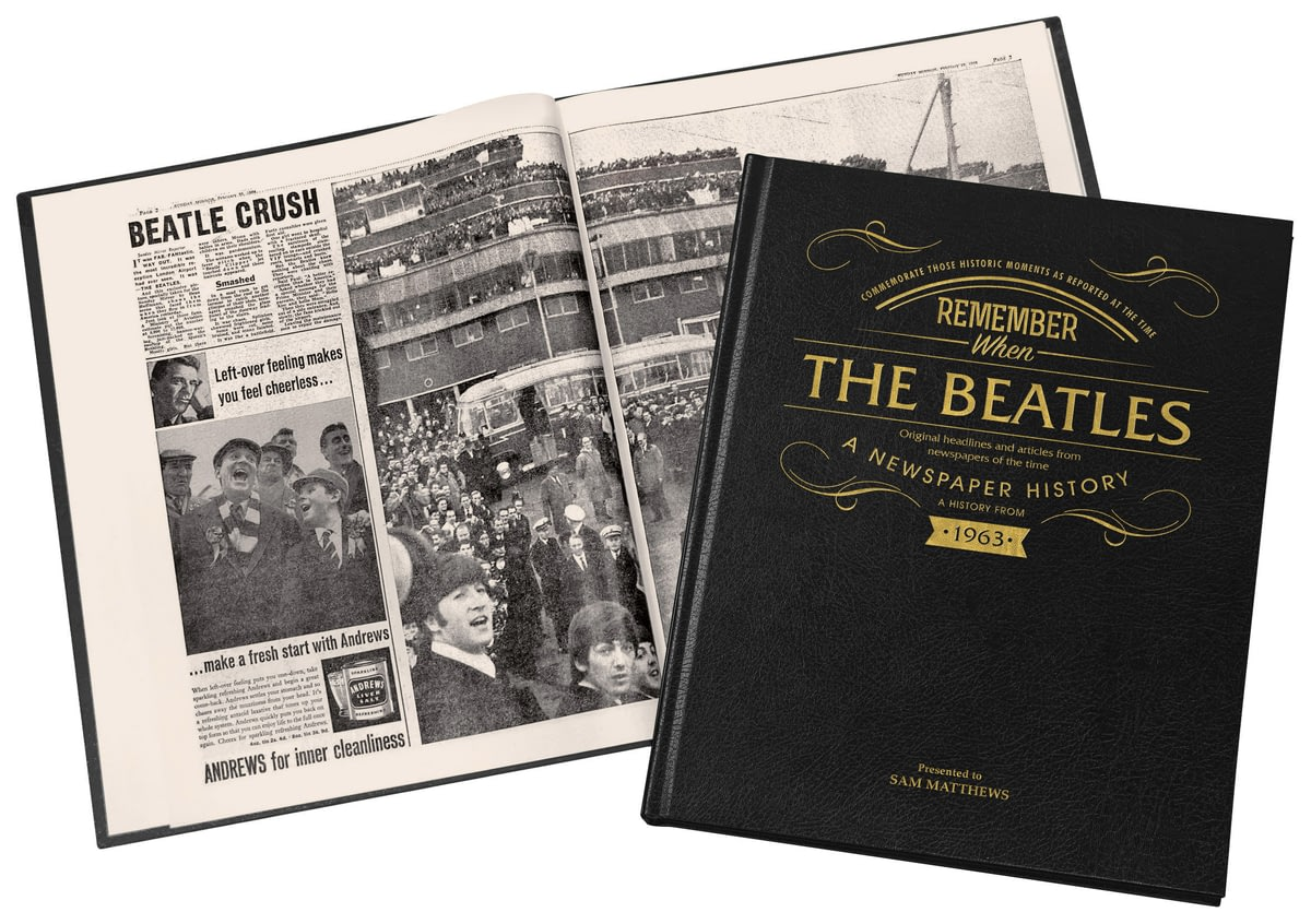 a glimpse at the popularity of the beatles Sgtpepper's lonely hearts club band, aka the beatles: ringo starr, john  lennon, paul mccartney and george harrison they'd like to take.