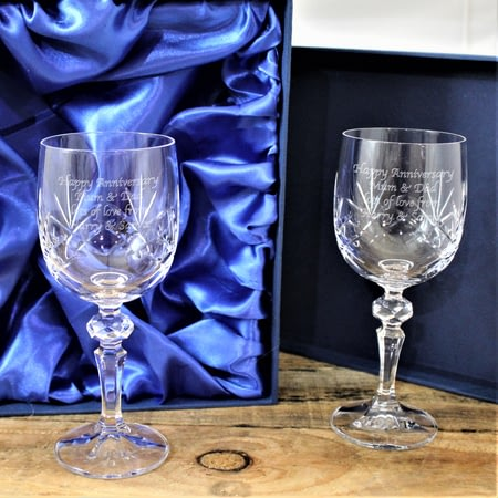 Personalised Crystal Wine Glasses In Presentation Box